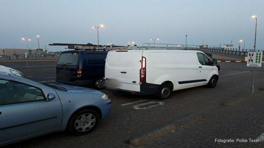 Groep Engelse klusjesmannen gepakt op Texel