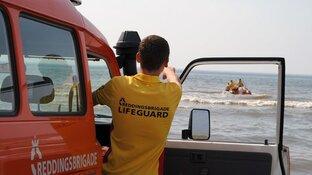 Reddingsbrigade waarschuwt voor onderkoeling en kramp door koud zwemwater