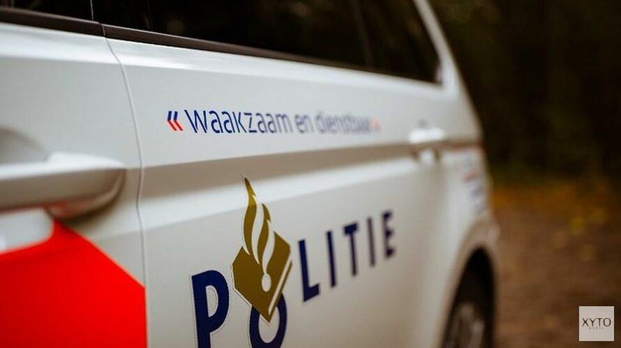Politiewagen botst op auto tijdens achtervolging
