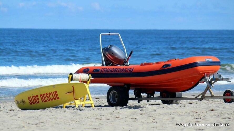 Man op Texel overleden na redden zoon uit zee