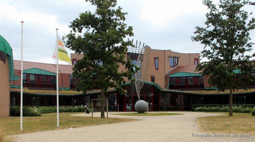 Historische vondsten hotel Texel bij toeval in dichtgestorte sloot ontdekt