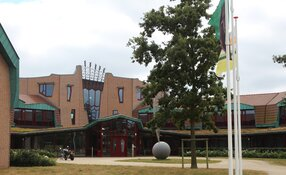 Texels gemeentehuis ontruimd, ook morgenochtend gesloten