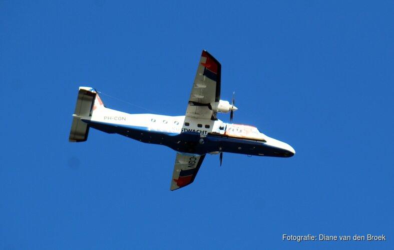Sportvliegtuigjes hinderen Kustwacht bij containerspeurtocht boven Waddengebied