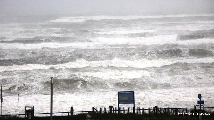 Harde windstoten trekken over de provincie: op Texel al ruim 100 km/uur