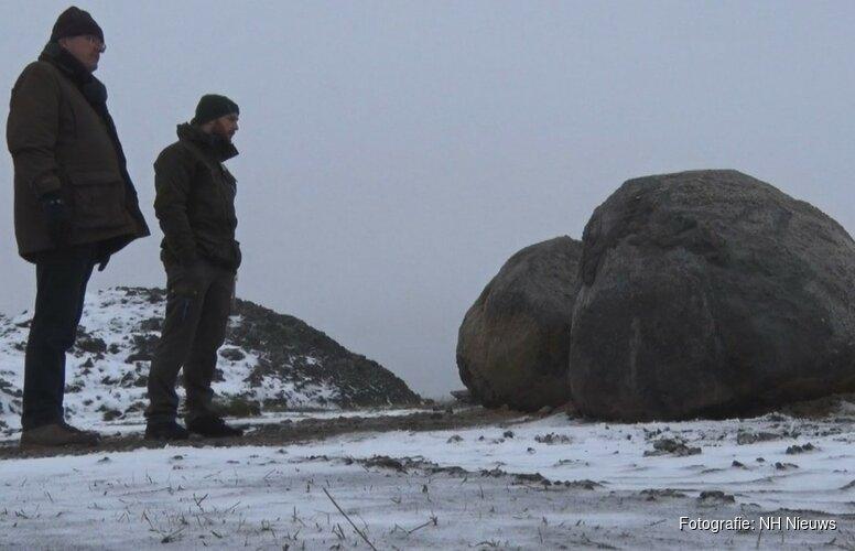 """Bijzondere zwerfkeien gevonden op Texel: """"Denk wel bijna 500 miljoen jaar oud"""""""