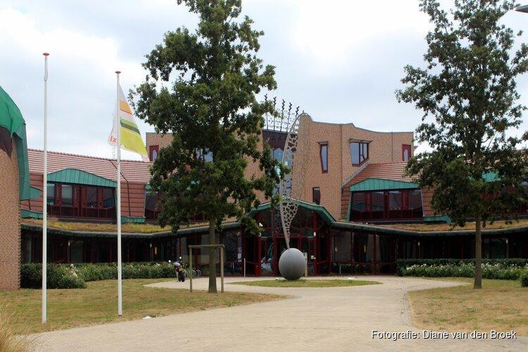 """Den Burg massaal naar de stembus: """"Zo vol heb ik nog nooit meegemaakt"""""""