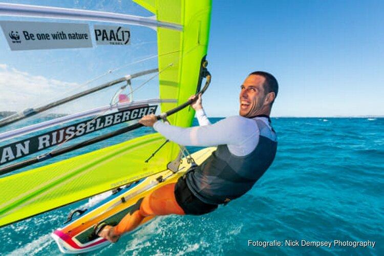 Windsurfer Dorian van Rijsselberghe benoemd tot oceanenambassadeur WWF