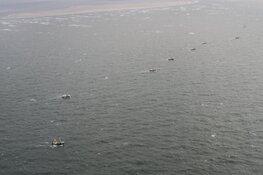 Zoektocht naar vermiste vissers gaat morgenochtend verder