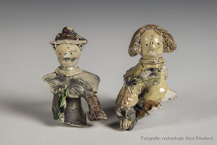 Keramieken poppenkopjes in Museum Kaap Skil