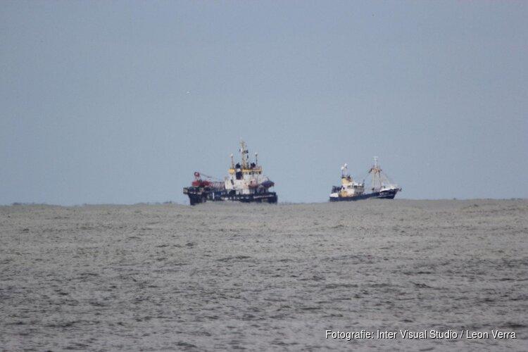 Berging gezonken kotter langs kust Texel begonnen