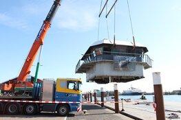 TESO stuurhuis op transport naar museum