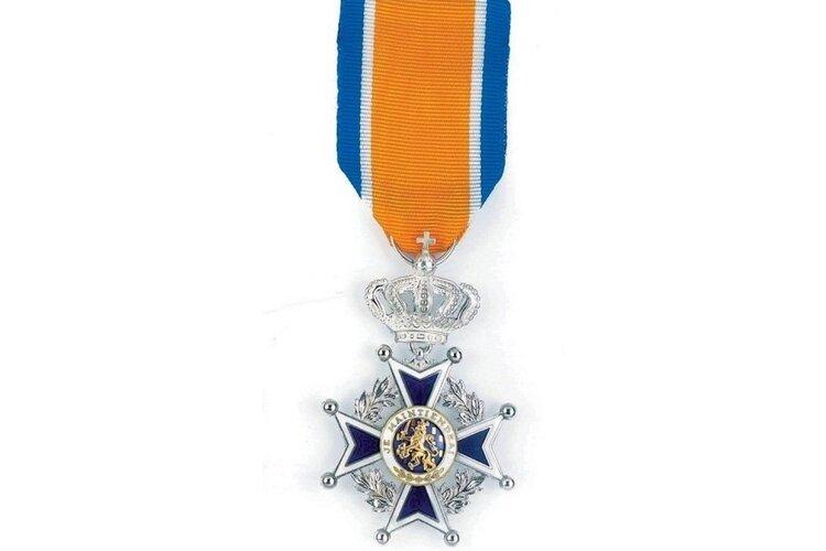 Koninklijke onderscheiding voor Betty de Leeuw